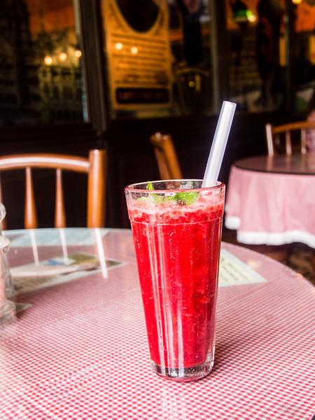 Sodabottleopenerwala Raspberry soda 2-2.jpg