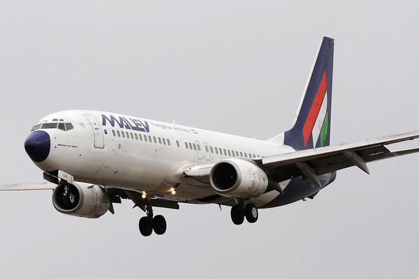 HA-LOC - Boeing 737-8Q8
