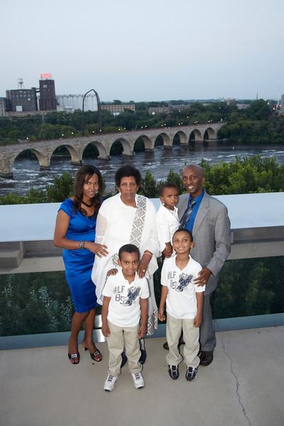 Amanti's Family