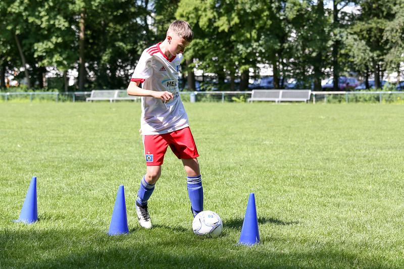 hsv_fussballschule-342_48047995498_o.jpg