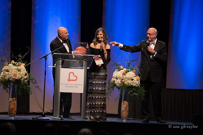 Jim & Juli Boeheim Basket Ball: Auction