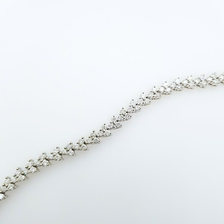 4.75ctw (est.) Diamond Tennis Bracelet