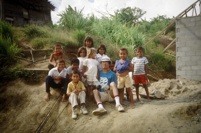 1989 Roatan Honduras Mission Trip-0037.jpg