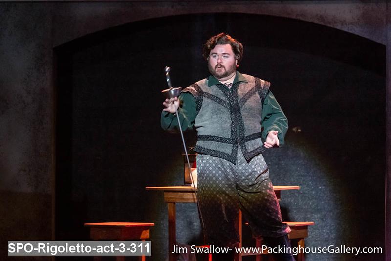 SPO-Rigoletto-act-3-311.jpg