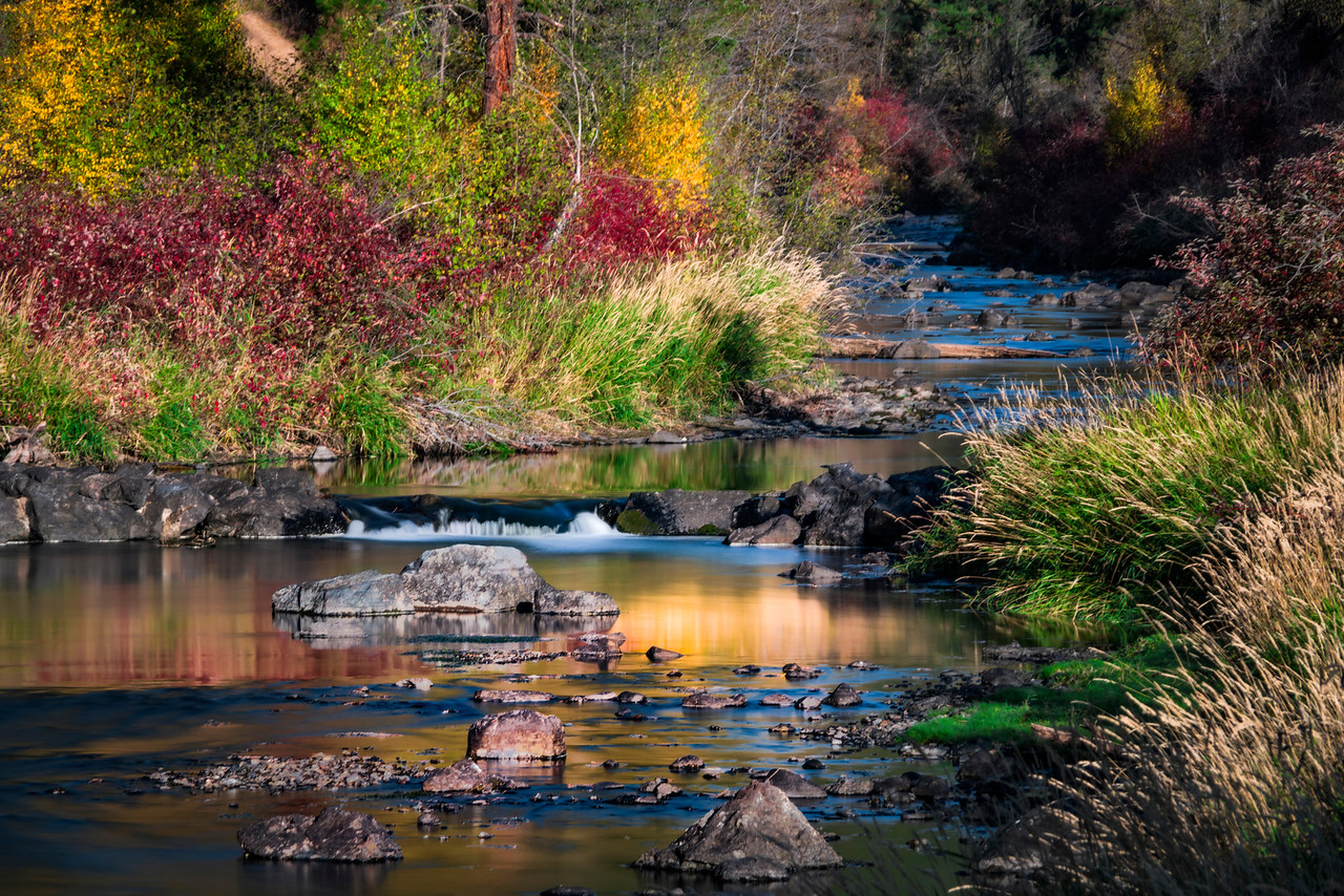 fall color powder river