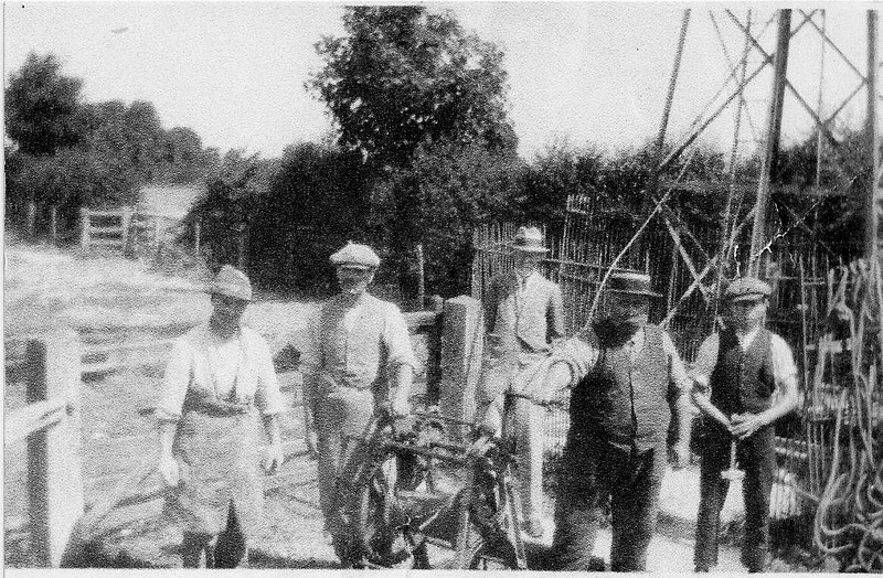 I am almost sure this was my Great Grandfather James Smith Wirdnam second left..I would also say that this photo shows them working on the windpump at the top fields off the Chiseldon/Wroughton main road