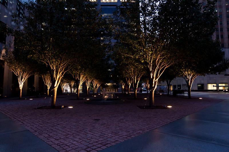 Chase Tower Plaza Park-1571.jpg