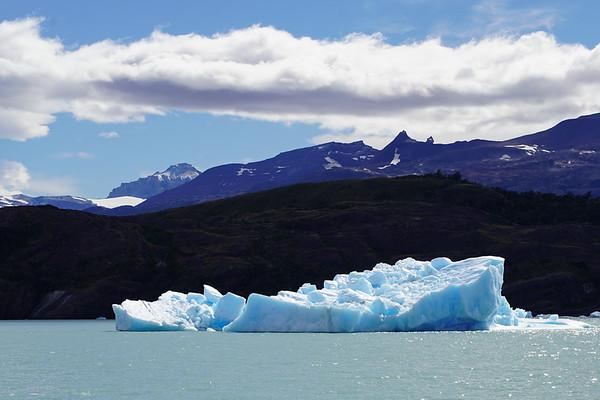 2018.12.29-Patagonia_El Calafate_Boat