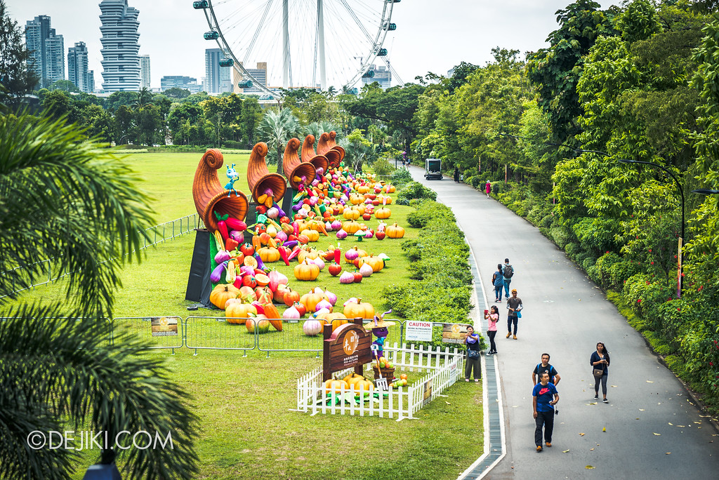 Gardens by the Bay - Autumn Harvest Floral Display - Lantern display