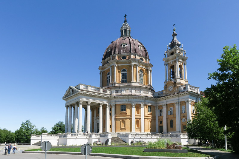 domed yellow building with white columns