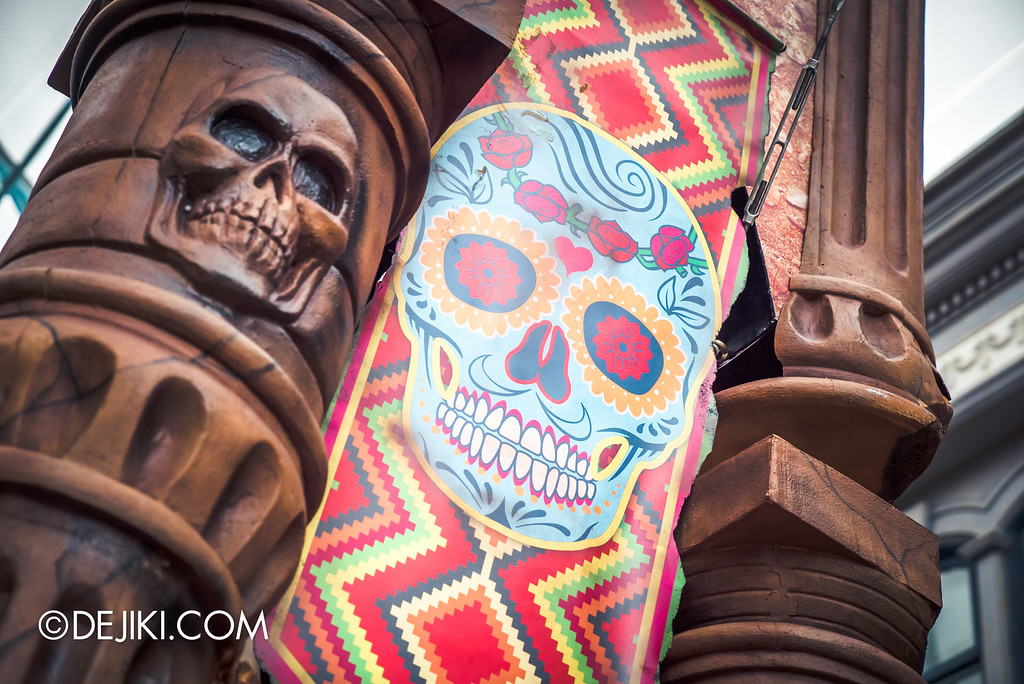 Universal Studios Singapore - Halloween Horror Nights 6 Before Dark Day Photo Report 2 - March of the Dead skull banner