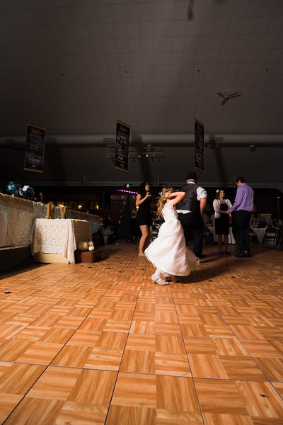 Reception (215 of 357).jpg