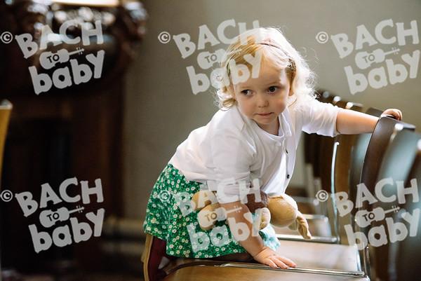 © Bach to Baby 2017_Alejandro Tamagno_Farnham_2017-07-19 022.jpg