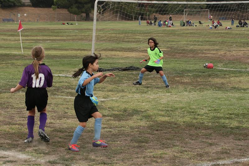 Soccer2011-09-17 10-28-58.JPG