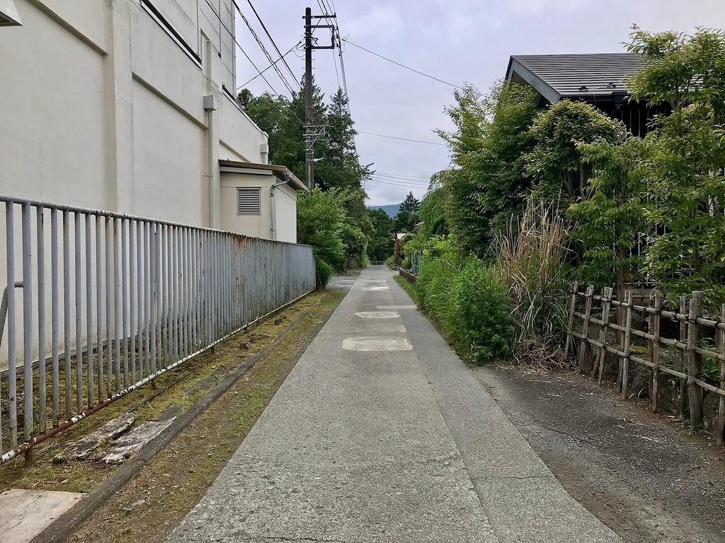 Turn here for Hanasai.