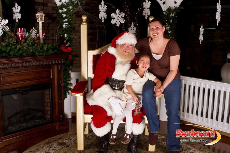Santa Dec 15-324.jpg