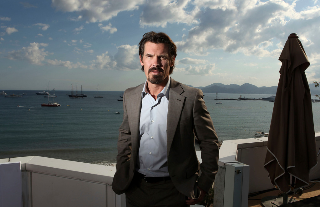 ". Actor Josh Brolin poses for a portrait, while promoting ""Wall Street: Money Never Sleeps\"", at the at the 63rd international film festival, in Cannes, southern France, Thursday, May 13, 2010. (AP Photo/Mark Mainz)"