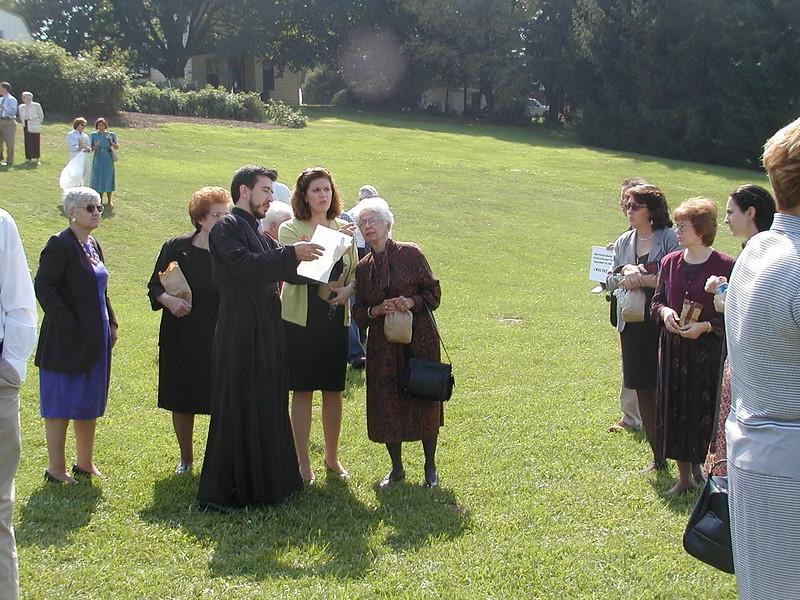 2002-09-29-Community-Field-of-Dreams-Tour-1_002.jpg