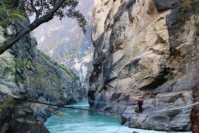 Yunnan Trekking: Tiger Leaping Gorge & Haba Mountain 5 days