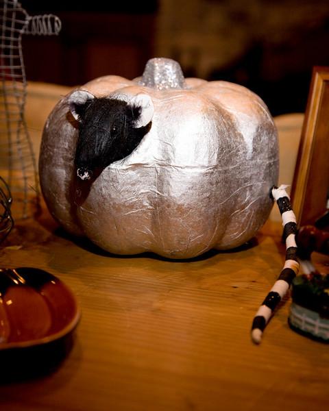 Halloween at Mels - 017.jpg
