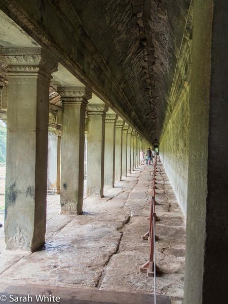 131107_AngkorWat_086.jpg