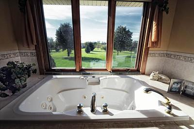 010-3 HOT tub 1 -S.jpg
