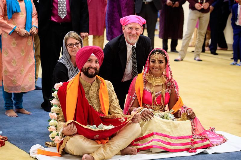 Neelam_and_Matt_Gurdwara_Wedding-1520.jpg