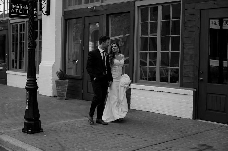 Kate&Josh_B&W_ZACH.WATHEN.PHOTOGRAPHER-418.jpg