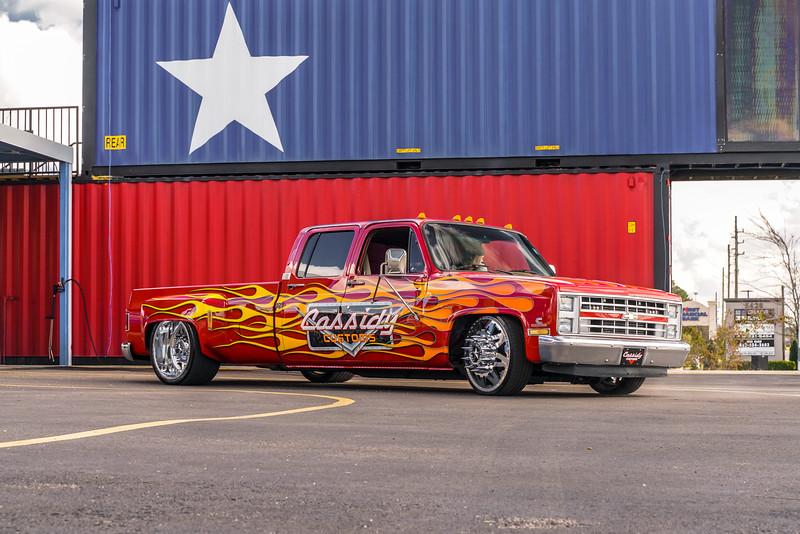 @CassidyCustoms 1988 Chevrolet Silverado C30 24x 8.5 & 24x15 STARS-20190128-3.jpg