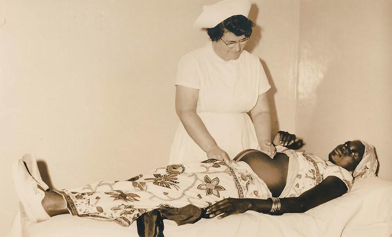 Observação de grávidas no Dundo em 1962