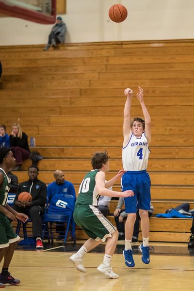 Grant_Basketball_1318_415.JPG