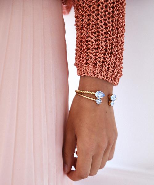 Light-Sapphire-bracelets.jpg