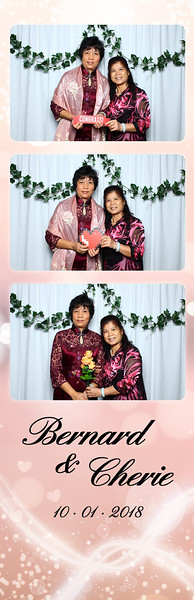 VividSnaps-Wedding-of-Bernard-&-Cherie-19.jpg