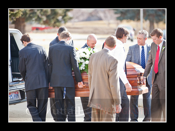 Lori Funeral 291.jpg