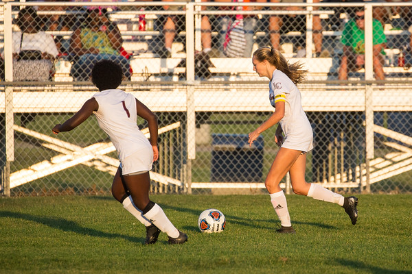 09-16-2019 Girls Soccer vs LN