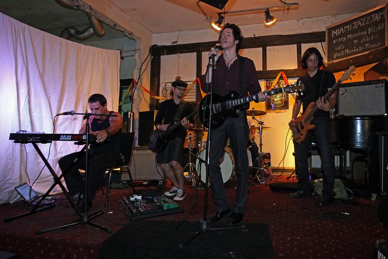 G2 Hialeah Fest 2010 (366).JPG