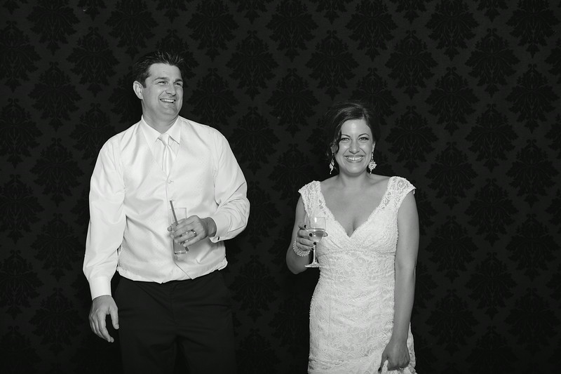 NinaLilyPhotography_Harvey_PhotoBooth297.jpg