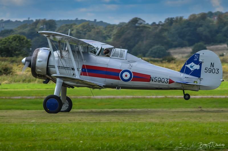 Gloster Gladiator take-off