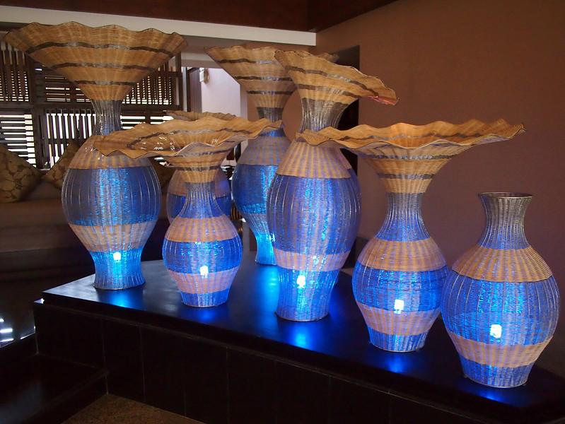 P9292285-foyer-lamps.JPG