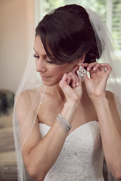04-beautiful-bride-portrait-jarstudio-photography.JPG