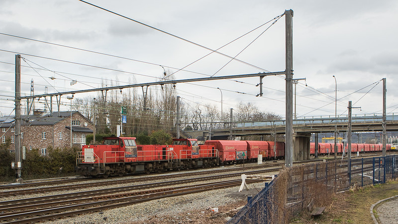 DBC-NL 6512+6515 depart Bressoux with the limestone empties 60409 (Bressoux - Jemelle).