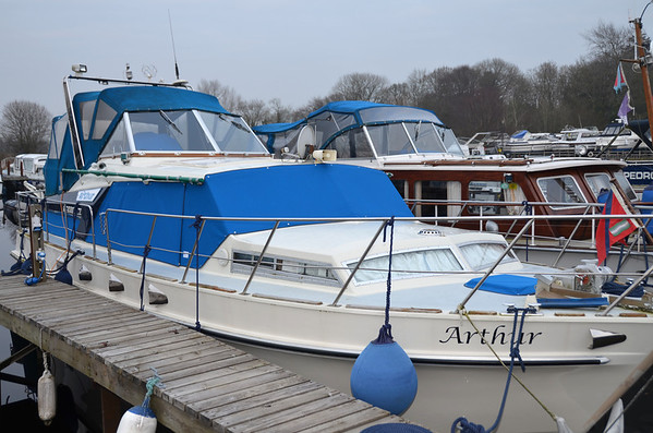"""2011-03-04 """"Arthur"""" cruises to Garrykennedy"""