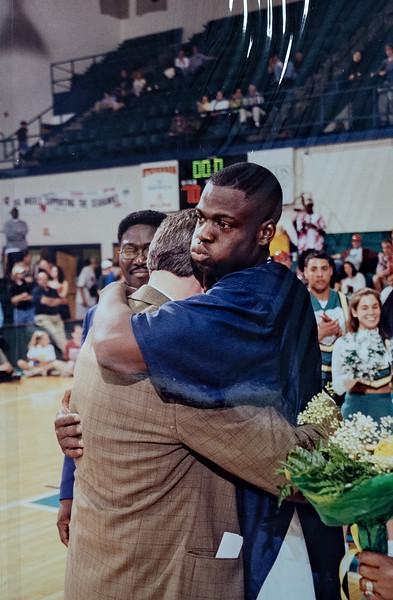 UNCW Basketball 99-00-22.jpg