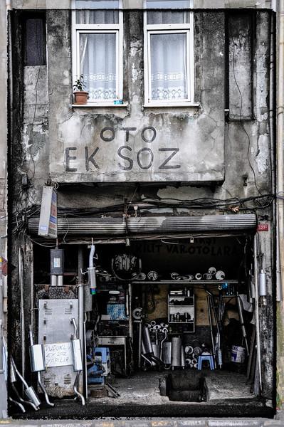 muffler shop istanbul.jpg
