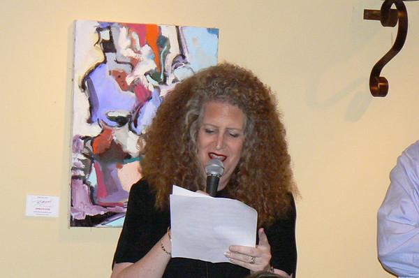 Robin reading the speech written for her by Teddy (Dr. James Lattin)
