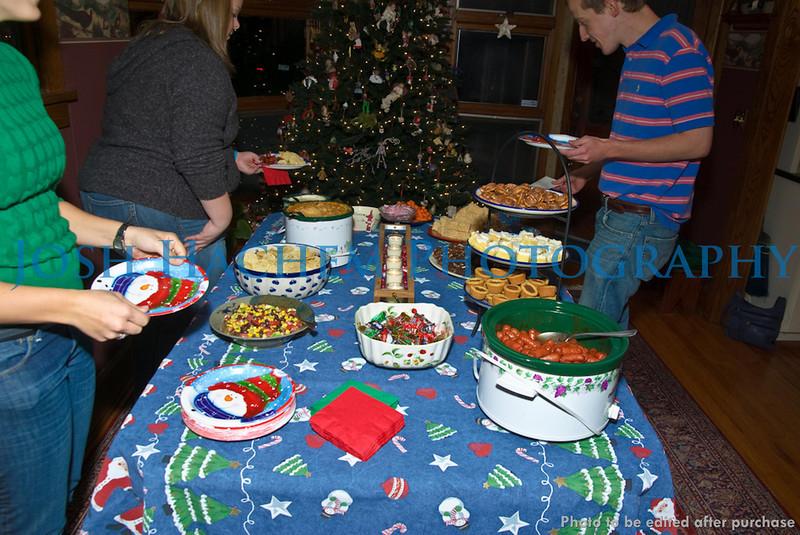12.12.2008 KKPsi and TBS Christmas Party (21).jpg