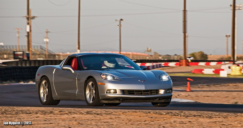 Corvette-light-silver-5055.jpg