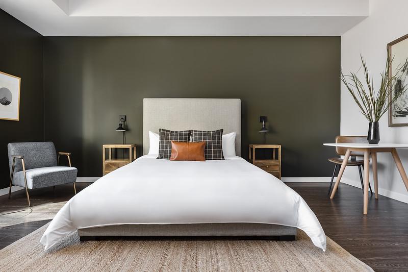 Sonder-Denver-Atelier-Unit253-BedStraight-2551.jpg