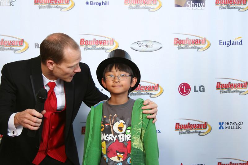 Anniversary 2012 Red Carpet-850.jpg