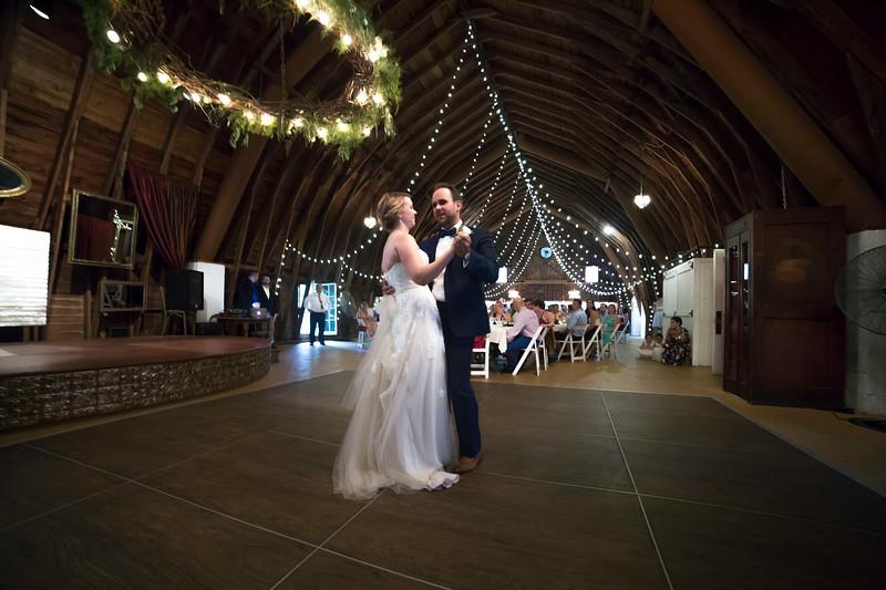 Garrett & Lisa Wedding (582).jpg